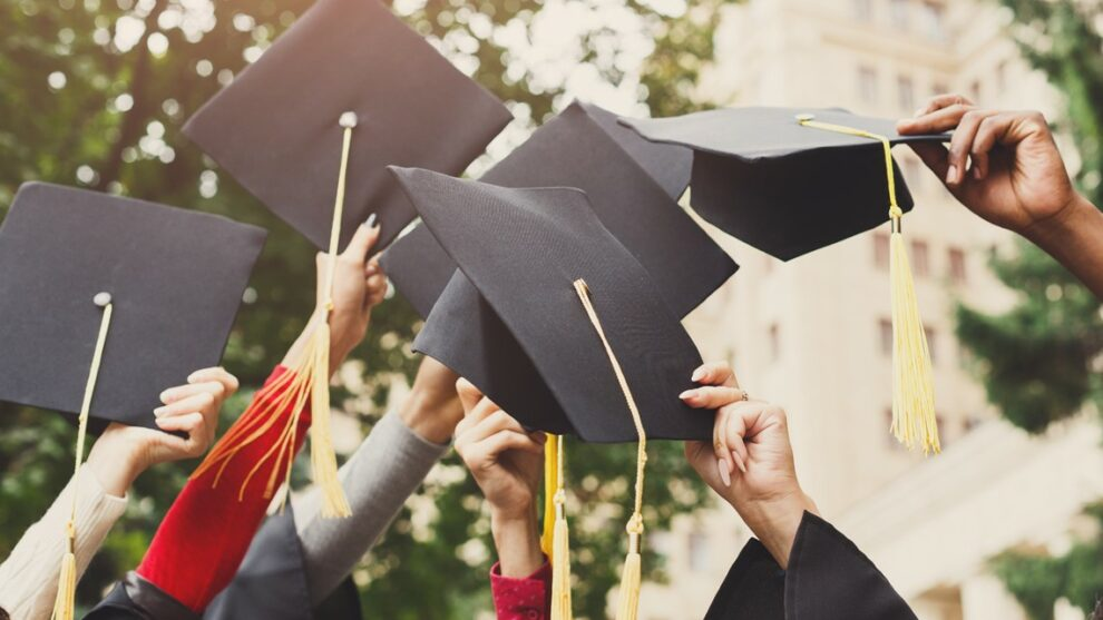 Telecom CEO gives college graduates $1,000, says to give half away