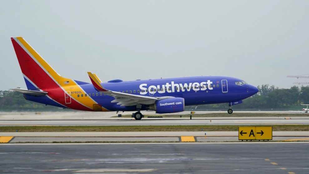 FAA levies more steep fines in extraordinary year of flight disruptions