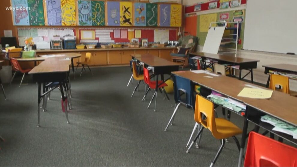 Mentor parents outraged over school district