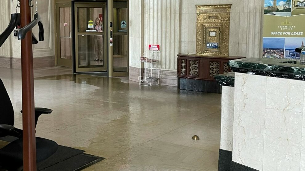 Flooding causes closure of Tower City Center in Cleveland