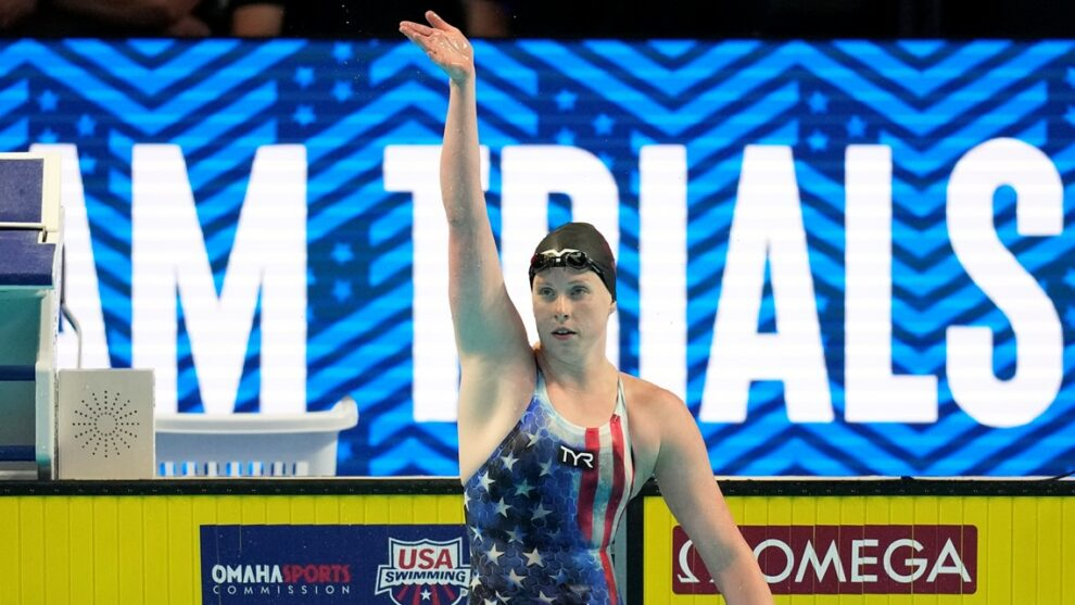 Outspoken Lilly King backs it up, winning 100-meter breaststroke at Olympic trials