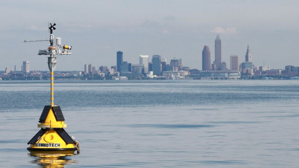 Science helping to predict Lake Erie water toxicity with new buoys