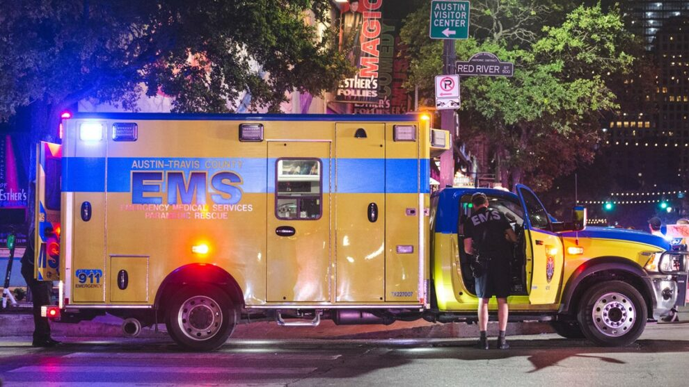 Video: 13 hurt in Austin, Texas, mass shooting; police still looking for suspect or suspects