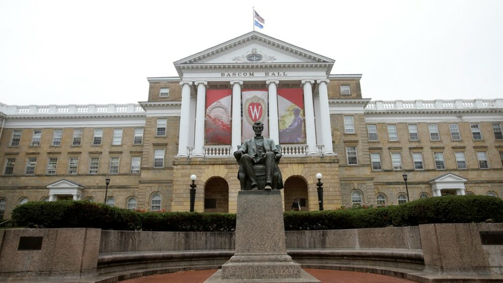 University of Wisconsin System to offer vaccinated students $7K scholarships