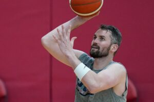 Jerry Colangelo says Kevin Love was out of shape during Team USA stint