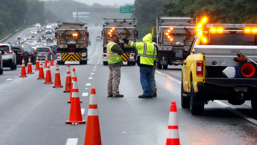 Massachusetts police ID suspects in armed highway standoff