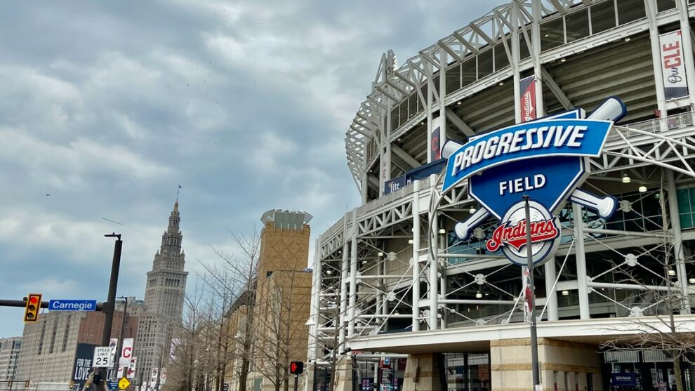 Cleveland Indians reach agreement to extend lease through 2036; renovations coming