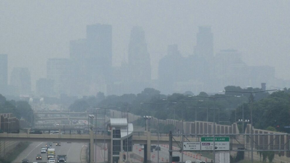 Smoke triggers pollution alerts in US West, Midwest