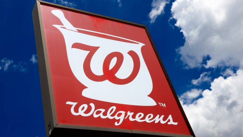 Internal emails raise questions about government's investigation into Walgreens privacy breach