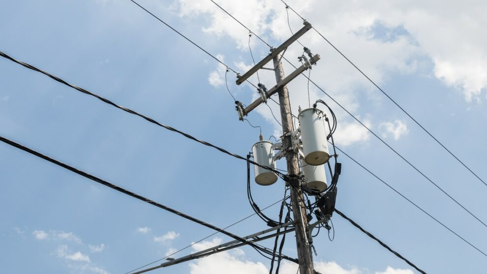 Roughly 8,000 customers without power in Cuyahoga County amid scorching heat